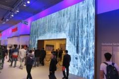 IFA 2017: Vestel schmückte den IFA Stand mit weit über hundert Digital Signage Displays - teilweise mit schönen Content (Foto: invidis)