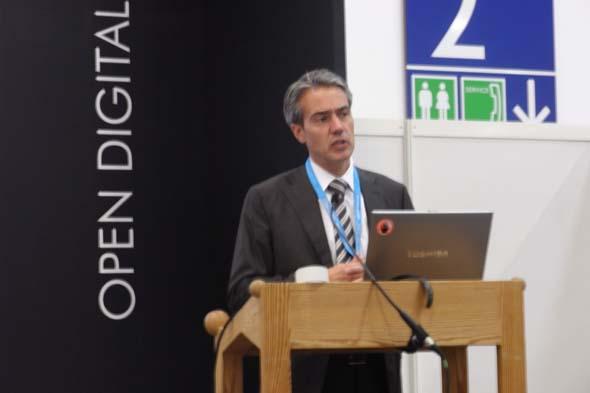 Oliver Poppelbaum, Geschäftsführer ECE flatmedia