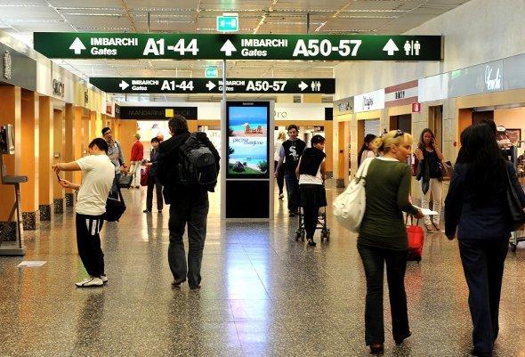 IGPDecaux Digitales Posternetzwerk im Malpensa Airport