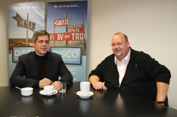 SDI Chef Florian Göbel mit Neuzugang Peter Dombrowski