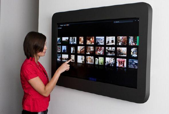 schwarzes brett mit touch invidis. Black Bedroom Furniture Sets. Home Design Ideas