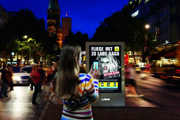jcdecaux growth strategy