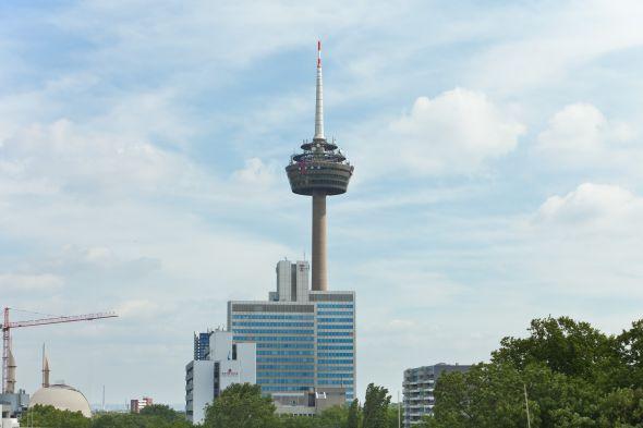 Die Telekom will hoch hinaus: Fernmeldeturm Colonius in Köln (Foto: DTAG)