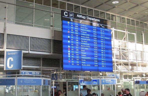 Flughafen München: LCD-Videowalls ersetzen LED-Boards