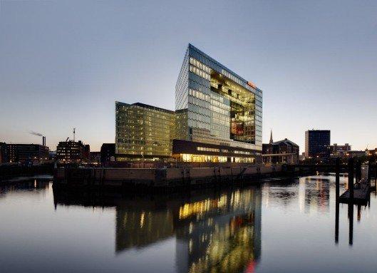 Das Bürogebäude der Spiegel-Gruppe in Hamburg ist jetzt mit IPTV ausgestattet (Foto: PMS Perfect Media Solutions)
