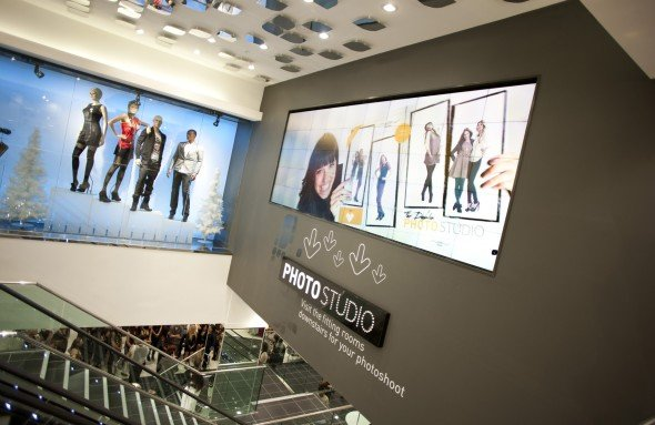 MicroTiles im Untergeschoss: Der New Look-Flagshipstore in Dublin (Foto: Christie)
