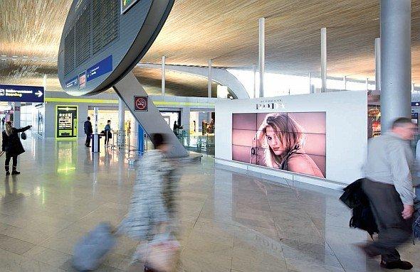 Die Transportmedien wuchsen in China, Singapur und Großbritannien stark - teilweise zweistellig(Foto: JCDecaux Airport)