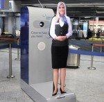 Bekommt Kollegin in den USA: Tensator-Avatar in Diensten des Flughafen Frankfurt (Foto: Tensator)