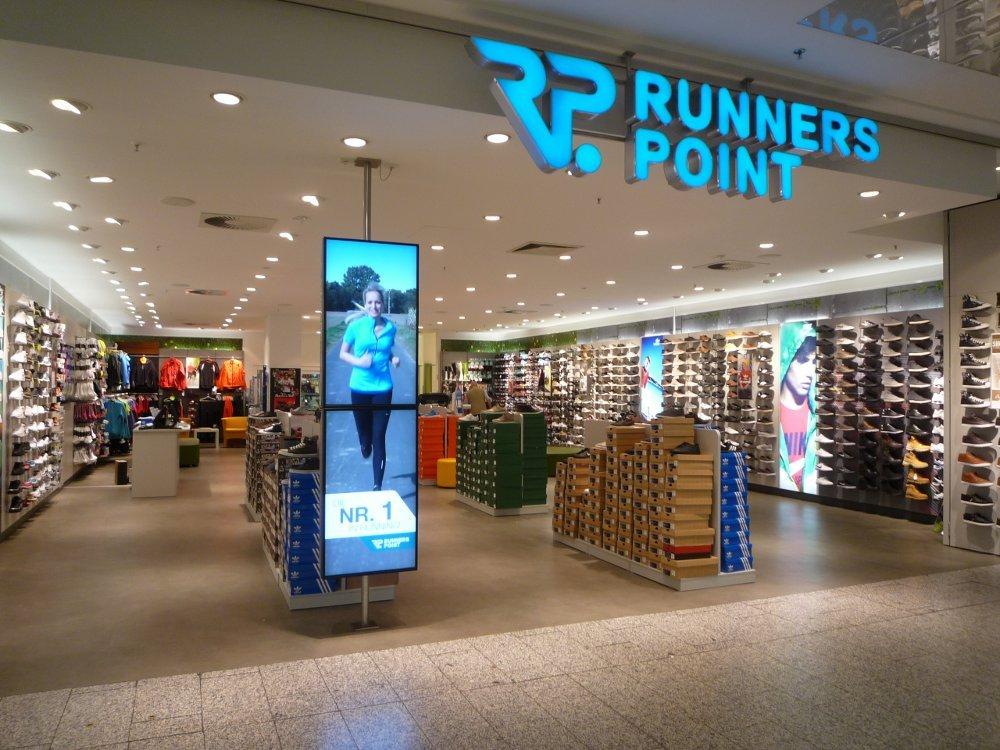 Runners Point setzt auf Digital Signage