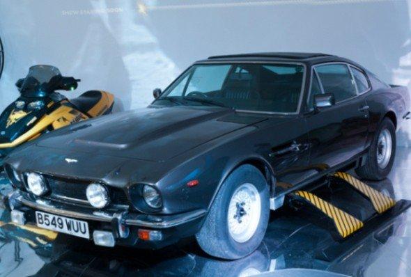 Raketenbestückt: Aston Martin 8 Volante (Foto: National Motor Museum)