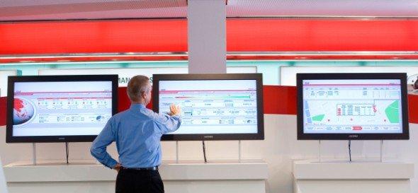 Die Management Dashboard-Lösung von Wincor Nixdorf liefert Informationen über den Status von SB-Systemen, Cash- und Prozessdaten (Foto: Wincor Nixdorf)