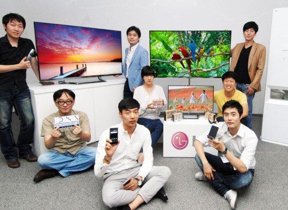 LG-Designer mit den siegreichen Designs (Foto: LG)