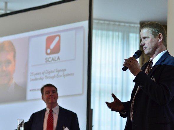 Tom Nix und Dr. Stefan Menger (v.l.n.r.) stellten SCALAs künftige Weiterentwicklung vor (Foto: invidis.de/ Göttlicher Fotografien)
