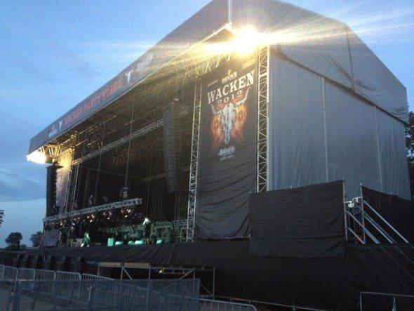 Mit 80.000 bis 90.000 Besuchern größtes Metalfestival weltweit: Bühne in Wacken (Foto: LEUROCOM)