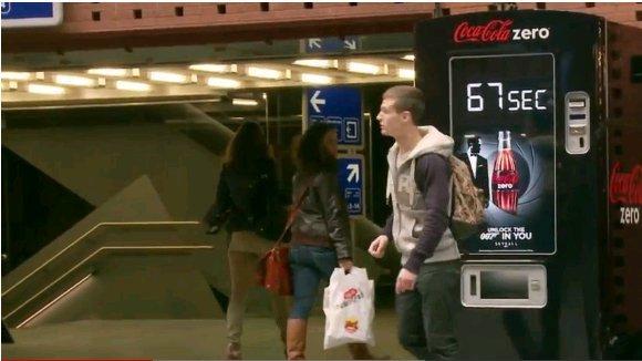 Agent 007 - Coke Zero Kampagne mit Digital Signage