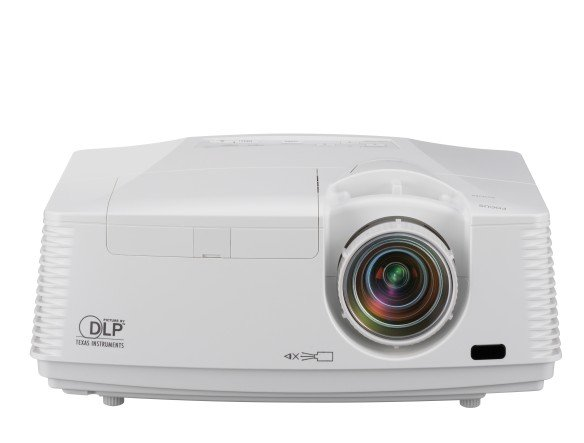 Neuzugang für die 700er-Serie - Full HD-Projektor FD730U (Foto: Mitsubishi Electric)