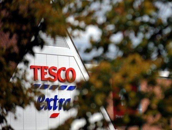 Wartung nun auch auf der Insel - Tesco Extra-Markt in Sandhurst (Foto: Tesco)