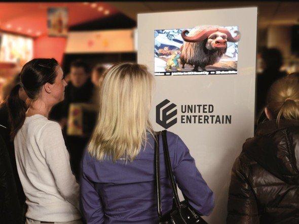 United Entertains Technologie im Kinofoyer - 3D ohne Shutter- oder Polarisationsbrillen (Foto: United Entertain)