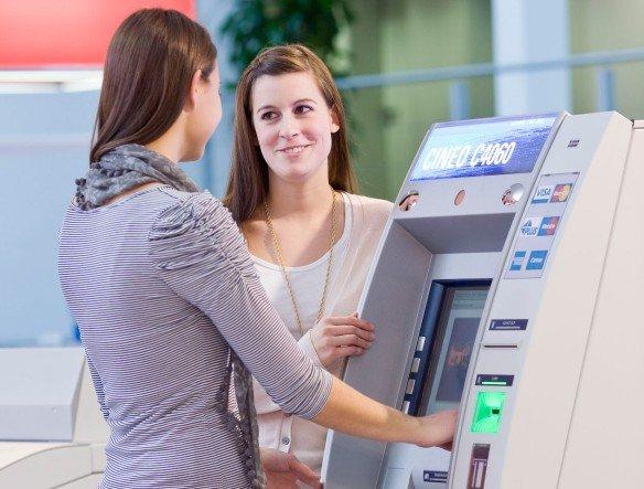 Top-Modell Cineo 4060 - Banken, die mit einfacheren Cineo-Varianten arbeiten, können upgraden (Foto: Wincor Nixdorf )