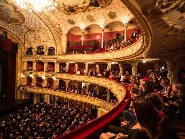 Award Night des Festivals 2012 - ausgezeichnet wurden die Filme BROKEN von Rufus Norris (Grossbritannien), THE IMPOSTER von Bart Layton (USA), AM HIMMEL DER TAG von Pola Beck (Deutschland) und an DER PROZESS von Gerald Igor Hauzenberger (Österreich)(Foto: Zurich Film Festival)