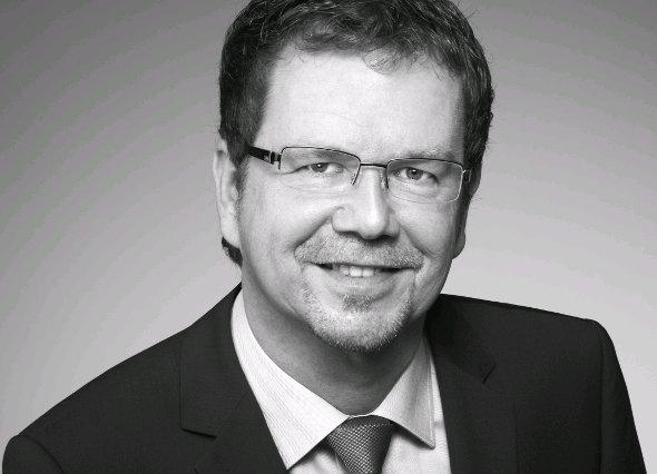 Lutz Hardge / Director Sales Europe von Sharp Visual Solution