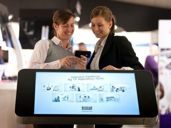 Dienstleistungen bilden zweite Säule des Seamless-Retailing-Konzepts (Foto: Wincor Nixdorf)