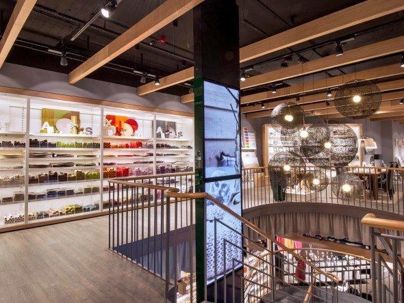 Handel Depot Setzt In Essen Auf Monitorschwert Von