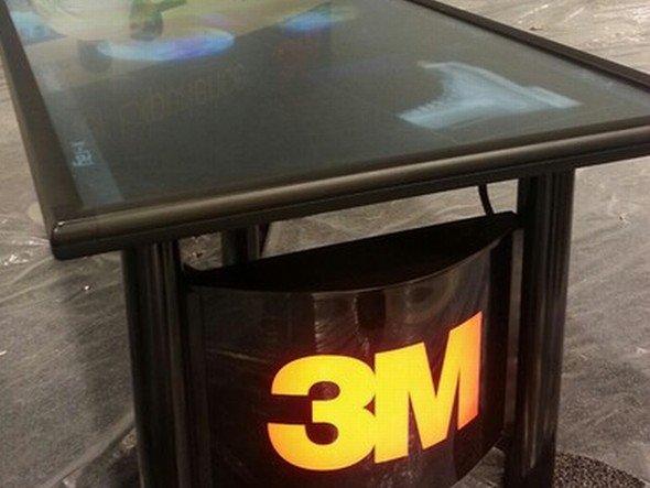 Vor dem Besucheransturm: Der neue 3M-Tisch (Foto: Ideum via Flickr)