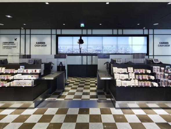 Die Display-Wand im Flagshipstore am CDG ist 9m² groß (Foto: BrightSign)