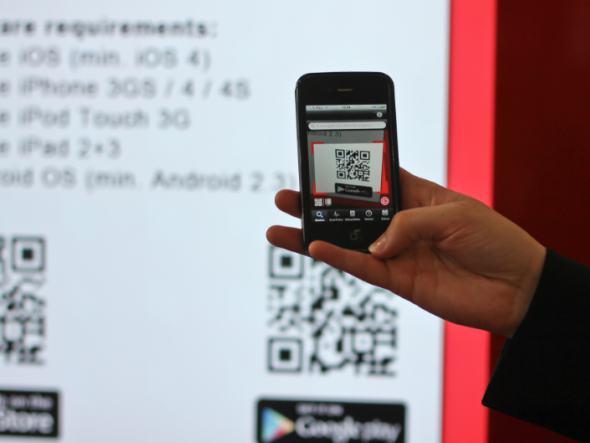 Via QR interagieren Digital Signage-Anwendung und Nutzer (Foto: dimedis)