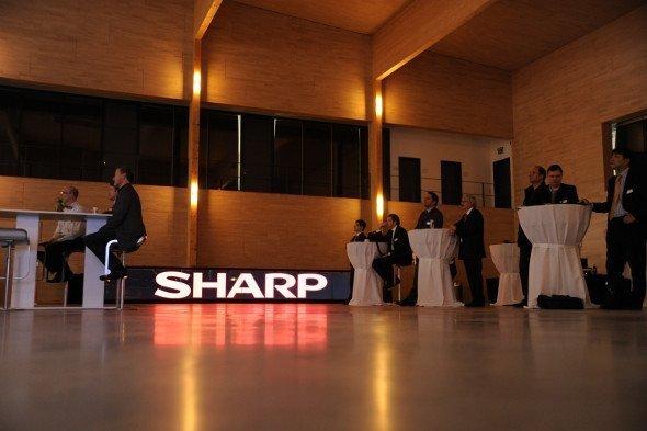 Sharp Displays in der Lang Academy