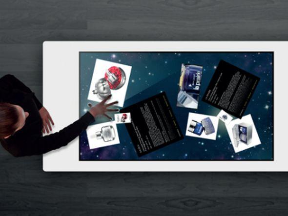 Gemeinsam mit 3M kommt interactive scape zur CeBIT 2013 - und zeigt einen neuen Multitouch-Tisch (Foto: interactive scape)
