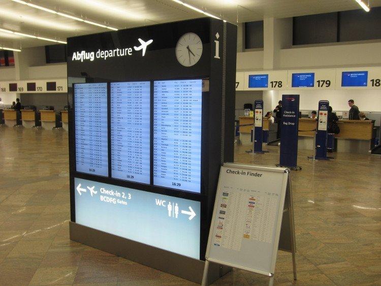 Fast komplett Digital - VIE FIDS im renovierten Terminal1