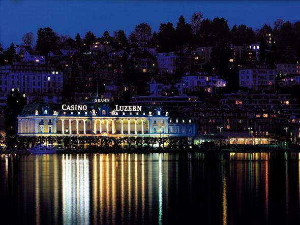 Spielvergnügen am See - das Grand Casino in Luzern (Foto: Grand Casino Luzern AG)