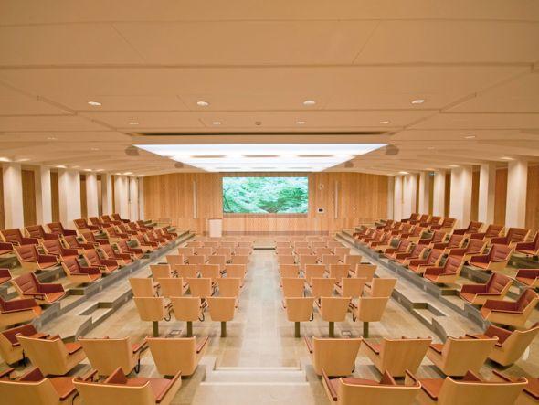 Aktuelle Installation eines LPD Tiles von Prysm in der Kungl. Ingenjörsvetenskapsakademien (IVA) (Foto: Prysm)