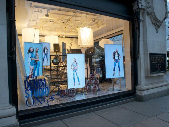 Bei der weltgrößten Jeansabteilung setzt man auf BrightSign (Foto: BrightSign)