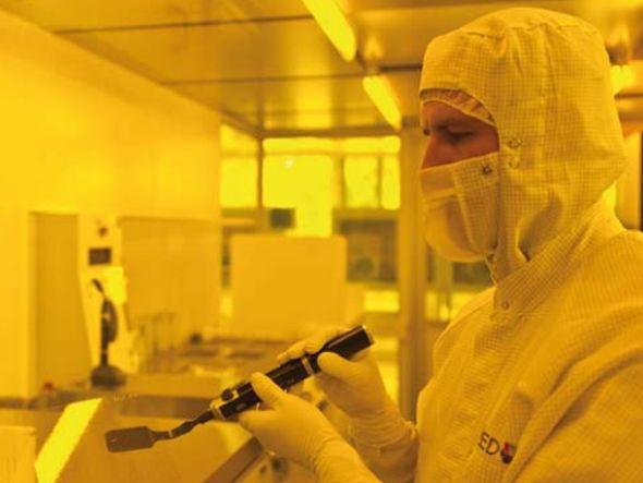 Dresdner Labor von Novaled: F&E bleiben in Sachsen (Foto: Novaled)