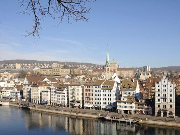 Zürich testet DooH-Werbung an öffentlichen Orten (Foto: Stadt Zürich)