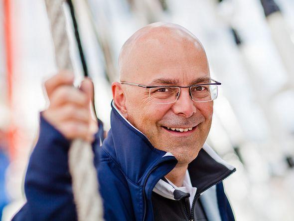 Schleswig-Holsteins Ministerpräsident Thorsten Albig macht Station bei eyefactive (Foto: Olaf Bathke/ SPD Schleswig-Holstein)