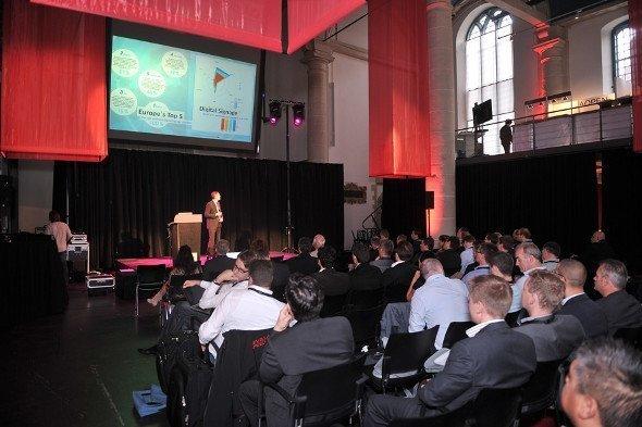 Auch invidis consulting präsentierte Marktzahlen auf der Konferenz