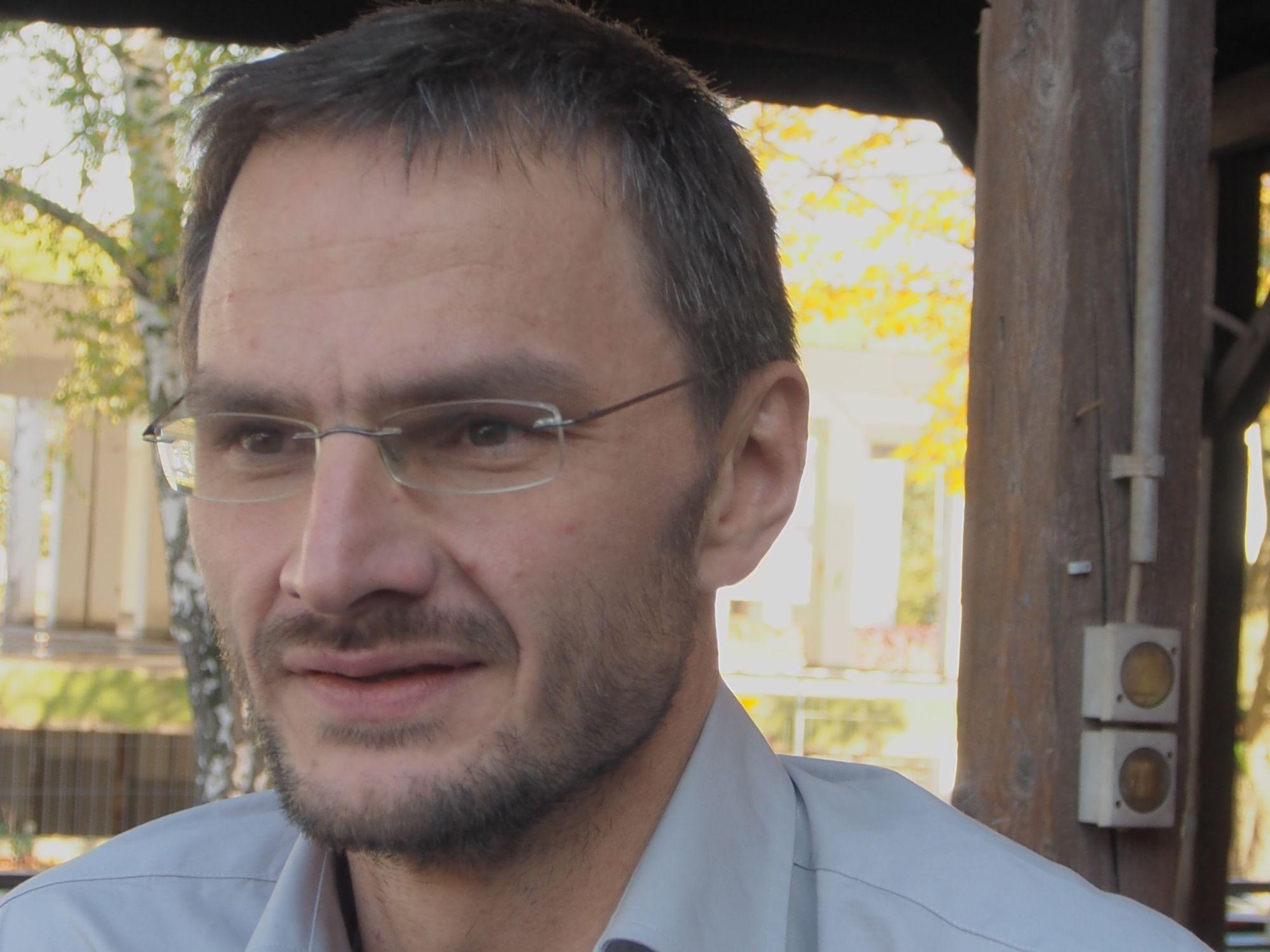 Sportfachhändler Werner Kavcic kam aus Passau nach Frankfurt, um über seine SoC-Erfahrungen zu sprechen (Foto: invidis.de)