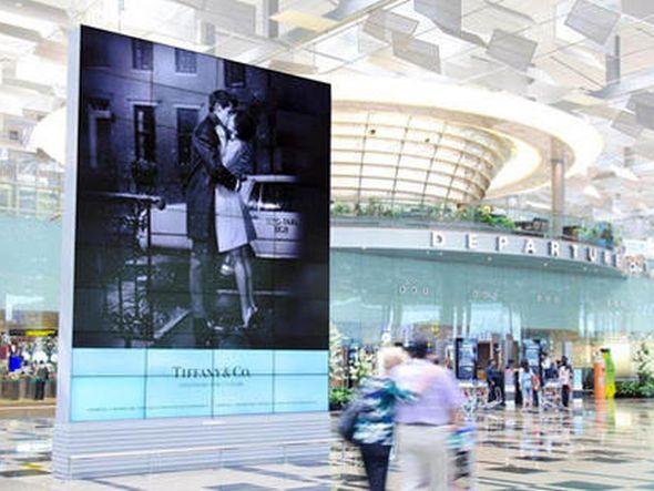 JCDecaux-Werbefläche am Changi Airport in Singapur (Foto: JCDecaux)