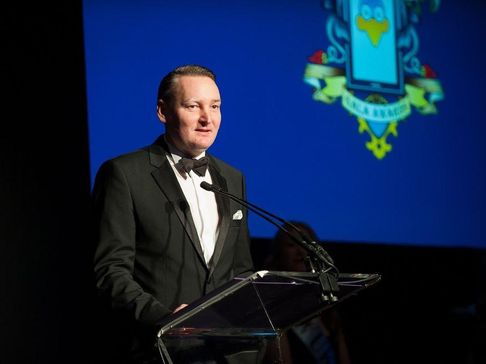 OVAB-Präsident Dirk Hülsermann (NEC) bei den DailyDOOH Gala Awards (Foto: DailyDooH)