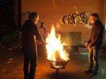 Sport Denk Feuer im Hinterhof