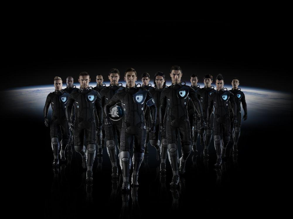 Insgesamt 13 Fußballstars gehören zu Samsungs GALAXY 11-Team (Foto: Samsung)
