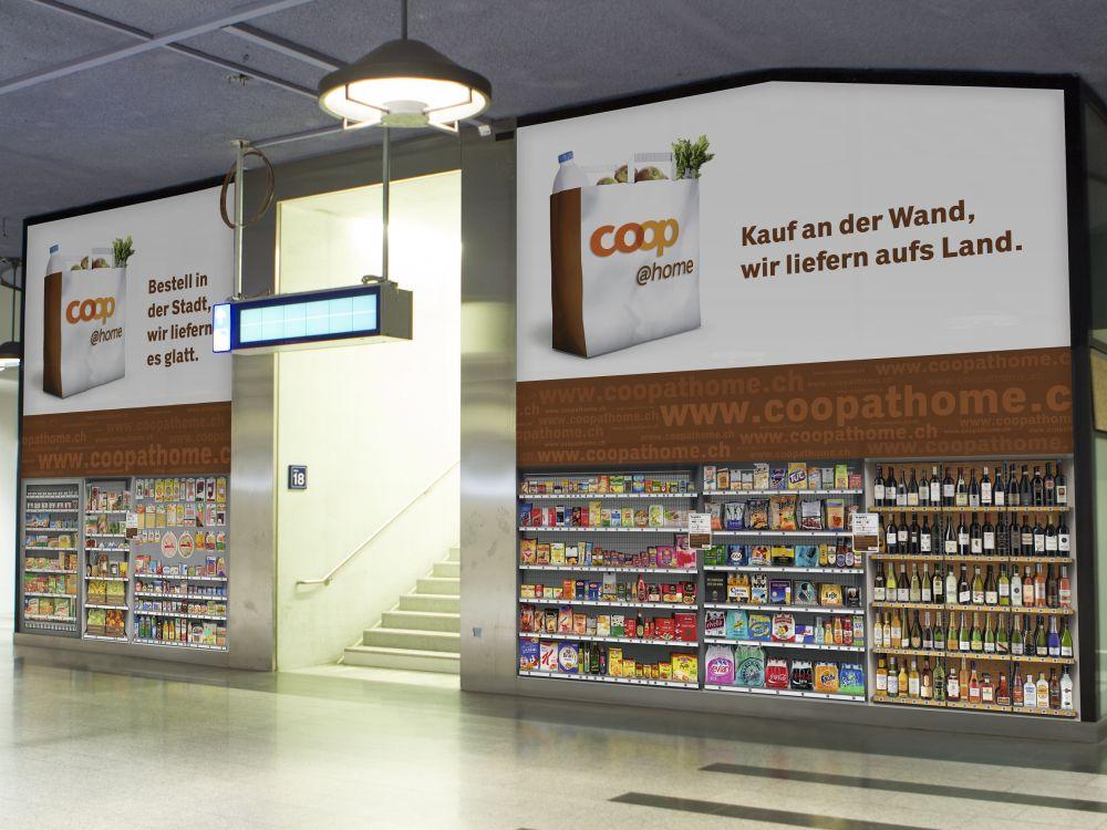Einkauf bei Gleis 41 und 42 - Coop-Testfiliale im HBF Zürich (Fotot: Coop)