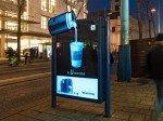 Abendsitmmung - selbstleuchtendes ELON-CLP mit Motiv der Nespresso-Kampagne (Foto: Gewista)