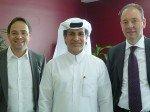 V.l.n.r.: Simon Ackermann (VR Präsident, Habegger Group), Jassim Al Mansoori (Aktionär,  Habegger Productions LLC), Thomas Wasshuber (Managing Director, Habegger Productions LLC) (Foto: Habegger)