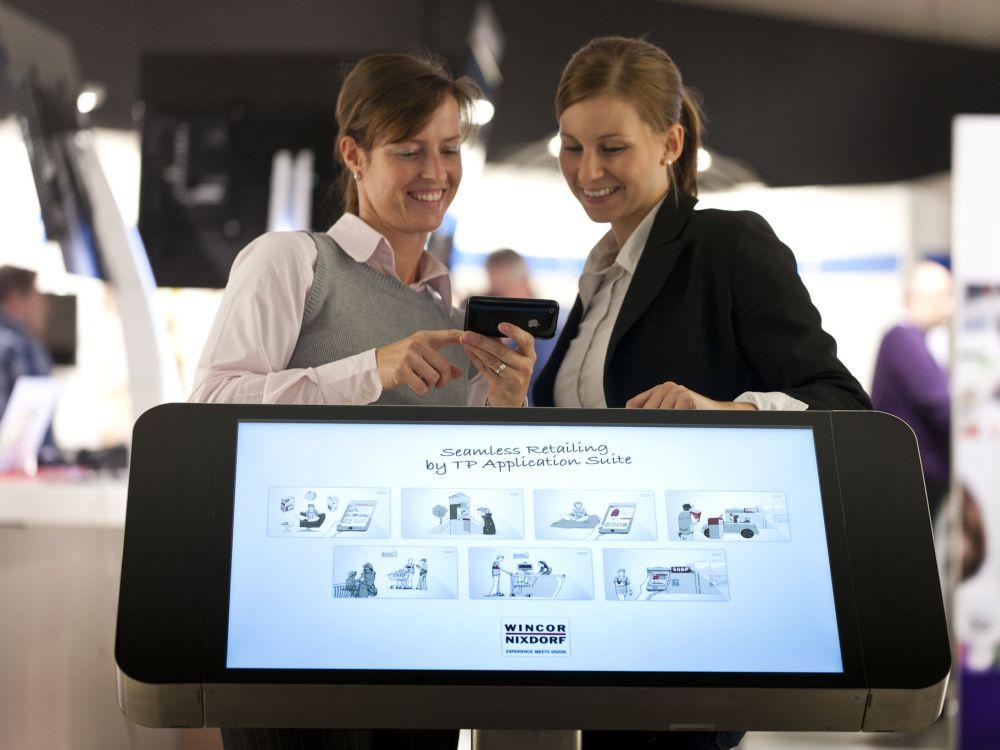 Mobile PoS-Lösung sorgt für Verfügbarkeit von TP.NET-Software auf dem Tablet (Foto: Wincor Nixdorf)