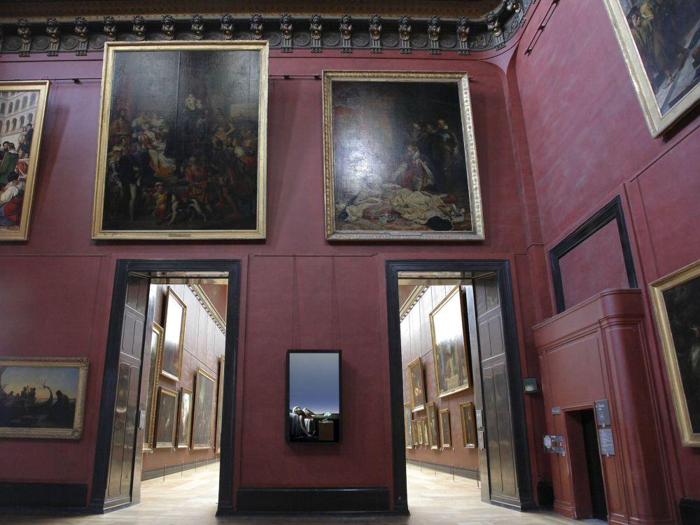 Robert Wilsons Ausstellung im Louvre: Signage-Dienstleister Dissident Industries mit im Boot (Foto: BrightSign)